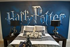 Harry Potter themed bedroom can be one of the best ideas that you can apply in the kids sleeping area. You are totally wrong if you always think that castle decoration in Harry Potter is dark, gloomy and stark. Room Decor For Teen Girls, Teenage Girl Bedrooms, Girl Decor, Girls Bedroom, Boy Bedrooms, White Bedroom, Bedroom Themes, Bedroom Decor, Bedroom Ideas