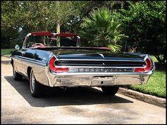 1962 Pontiac Bonneville   Photo 2~ass end