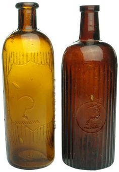 Auction 25 Preview   657   Cuming Smith Formalin Sickle Brand Bottles