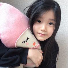 ♡Save = follow♡   //kim yoon rei Cute Asian Babies, Korean Babies, Asian Kids, Cute Babies, Kid N Teenagers, Kids Girls, Baby Kids, Baby Baby, Ulzzang Kids