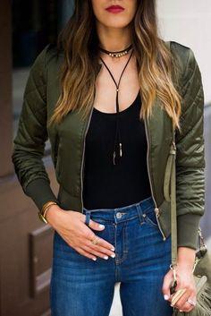 olive bomber jacket // high waisted jeans // fringe bag // choker // Cheers J