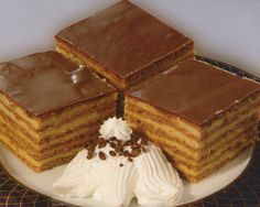 Torte i kolači kokteli slatka jela najbolji recepti za kolače sa slikama recept kremasti kolaci: Kolač Boem kocke recept sa slikom Kolaci I Torte, Dessert Recipes, Desserts, Tiramisu, Waffles, Cookies, Baking, Breakfast, Ethnic Recipes