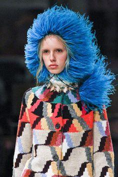 Prada Fall 2017 Ready-to-Wear Collection Photos - Vogue