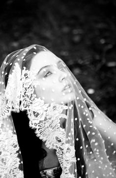 Kristi Bonnici ~ Hand Cathedral Veil