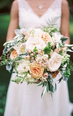 Wedding bouquet idea; Featured Photographer: Taylor Lord Photography