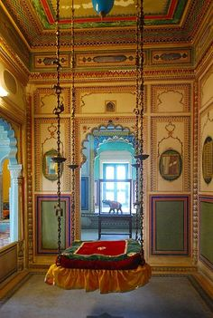 Maharajah Swing, Udaipur City Palace, India....Who dosent like a swing!