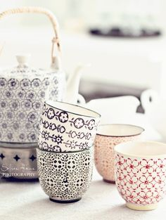 ..tea set