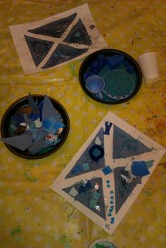 Blue rice, objects and triangles- learning about Scotland for Burn's night. Playgroup Activities, Flag Art, Childcare, Triangles, Festivals, Teaching Ideas, Classroom Ideas, Burns, Celebrations