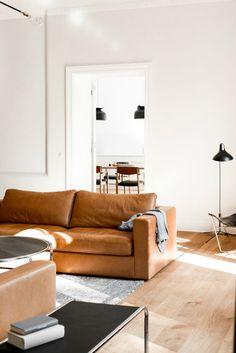 Wohnzimmer Einrichten Wohnen Inneneinrichtung Tische Raum Zuhause Tan Ledersofas Braunem Leder Moderne Lofts