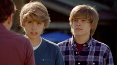The Suite Life Movie Screencaps. Sprouse Bros, Dylan Sprouse, Riverdale Funny, Riverdale Cast, The Suite Life Movie, Zack Et Cody, Suit Life On Deck, Old Disney Shows, Life Of Kylie