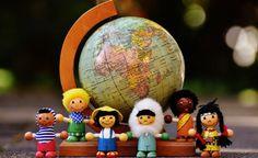 Atrévete a ser diferente En este post Laura Posada nos habla sobre ser diferentes para ser feliz y sobre todo fiel a ti. ¿Te consideras diferente?   Laura Posada
