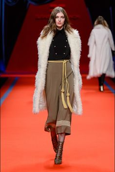 Elisabetta Franchi Milano - Collections Fall Winter 2016-17 - Shows - Vogue.it