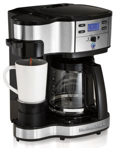 Hamilton Beach Single Serve Coffee Brewer and Full Pot Coffee Maker, Single Serve Brewing Machines: Kitchen & Dining Best Drip Coffee Maker, Single Cup Coffee Maker, Pod Coffee Makers, Single Serve Coffee, Coffee Pods, Coffee Shop, Coffee Plant, Coffee Girl, Coffee Lovers