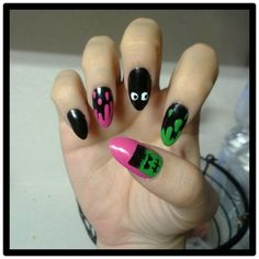 did my #Halloween nails today! I love them!!     HAPPY HALLOWEEN : D    #nailart