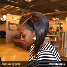 12 Stunning Haircuts for Black Women - Thirsty Roots Black Hair Thin Hair Layers, Bobs For Thin Hair, Angled Bob Haircuts, Choppy Bob Hairstyles, Really Short Hair, Hairstyle Look, African American Hairstyles, Relaxed Hair, Trending Hairstyles