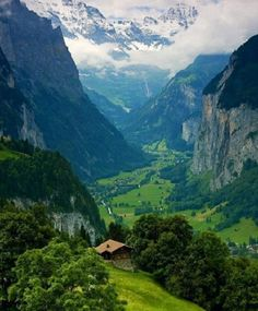 Lauterbrunnen Valley. Prettiest place I've ever been.  Bernese Alps, Interlaken, Switzerland