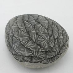 Drawings on Stone. Yoran Morvant.
