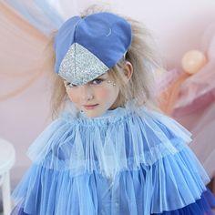 Baby Blue Balloon Garland - Bubblegum Balloons - Shop Online – The Original Party Bag Company Costume Original, Bird Costume, Fancy Dress For Kids, Tulle, Dress Up Boxes, Bird Dress, Fancy Dress Outfits, Dress Up Costumes, Cape Dress