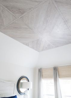 Painted ceiling finish - Designer: Carla Aston, Finishing - Transformations by Phyllis Window Treatments Living Room, Ceiling Treatments, Ceiling Decor, Ceiling Design, Ceiling Ideas, Master Bedroom Redo, Master Bedrooms, Teen Bedroom, Master Suite