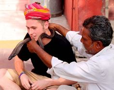 India has too many things to offer you! Snake charmers are just one of them. Our volunteer @kilianrodenbusch had an incredible experience with a snake around his neck feeling quite like Lord Shiva!  #india #volunteer #IAmVolSoler #snakes #snakecharmer #shiva #incredibleindia #indiaphotosociety #jaipur #turban #igtravel #instagood #photooftheday #tagsforlikes #follow4follow #happy #igersofrajasthan