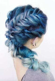 57 Amazing Braided Hairstyles for Long Hair for Every Occasion Long Hair Braids: Braided Hairstyles for Long Hair: Woven Textured Side Braid Cool Braid Hairstyles, Summer Hairstyles, Braid Styles, Short Hair Styles, Top Braid, Fishtail Braids, Brown Ombre Hair, Blue Ombre, Ombre Highlights