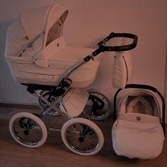 Cute Little Baby, Cute Baby Girl, Little Babies, Cute Babies, Baby Boy, Cute Baby Pictures, Baby Photos, Baby Gadgets, Future Maman