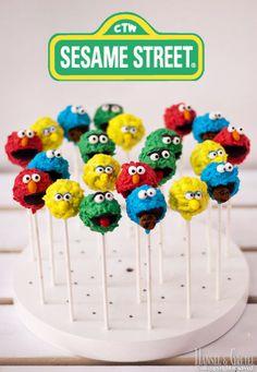 Sesame Street Cake Pops - cake by AysemOztas Sesame Street Birthday Cakes, Sesame Street Cupcakes, Sesame Street Cake, Sesame Street Cookies, Monster Birthday Parties, Elmo Party, Elmo Birthday, Cake Birthday, Birthday Ideas