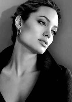 Angelina Jolie #SculptStudio This collection would be incomplete without jolie's jawline!