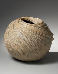 Sakiyama Takayuki and Fukumoto Fuku / Joan B Mirviss, New York • Ceramics Now - Contemporary ceramics magazine