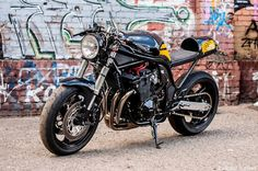 Suzuki Bandit Cafe Racer | 99garage | Cafe Racers Customs Passion Inspiration