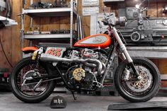 Honda CB 450K 1972 Flat Track by Roman Vuagnoux Mhc #motorcycles #flattracker #motos | caferacerpasion.com