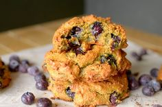 Healthy Banana Blueberry Muffin Tops {Paleo, Vegan + Gluten-Free} » Clean and Healthy Eating Recipes by Two College Athletes