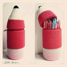 Isabelle Kessedjian: The serial crocheteuses: a kit for my Bic crochet pencil case Crochet Pencil Case, Crochet Case, Crochet Purses, Crochet Gifts, Cute Crochet, Crochet Toys, Diy Tricot Crochet, Crochet Accessories, Plastic Bottles