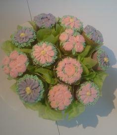 Sjokolade og appelsin muffins Desserts, Food, Tailgate Desserts, Deserts, Essen, Postres, Meals, Dessert, Yemek