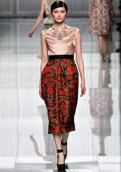 Not sure it's totally flattering but it's a great skirt nonetheless. Christian Dior Fall 2012 RTW.