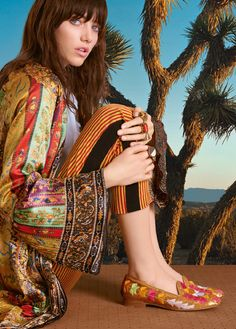 ETRO Official Website: Men's and Women's Clothing, Accessories Veronica, Sari, Clothes For Women, Campaign, Inspiration, Accessories, Shopping, Fashion, Fashion Styles