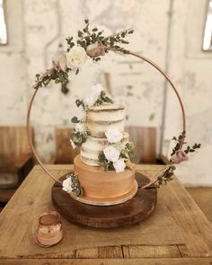 Wedding Cake Display, Wedding Cake Stands, Fall Wedding, Diy Wedding, Rustic Wedding, Wedding Ideas, Wedding Desserts, Wedding Cakes, Wedding Centerpieces