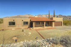 5711 Via Amable, Tucson, AZ 85750 Catalina Foothills, Decorative Gravel, Oro Valley, Sierra Vista, Mortgage Companies, Flood Zone, Farm Sink, Sold Sign, Green Valley