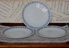 Vintage Pyrex Chelsea, Dinner Plates, Set of 3, Shabby Chic, Retro , Boho…