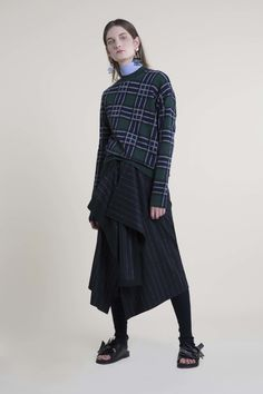 Cédric Charlier Pre-Fall 2016 Fashion Show