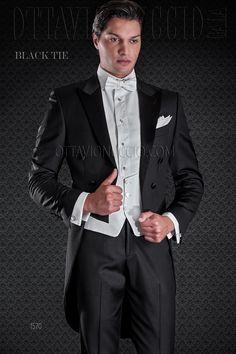 Black pure wool super 100's tailcoat with ivory vest #bespoke #madeinitaly #weddingsuit #groomsuit #weddingtuxedo #groom #weddings #brideandgroom