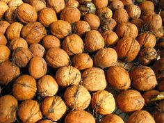 How to Process Walnuts - Curing, Cracking, Soaking, Storage and Maple Candied Walnuts