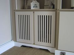 Bibliothèque cache-radiateur peinte Radiator Screen, Suggestion Box, Decoration, Diy Furniture, Dressing, Home Appliances, Cabinet, Storage, Apartment Ideas