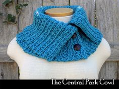 The Central Park Cowl knitting pattern by AuntJanetsDesigns