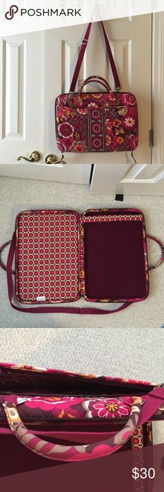 """Vera Bradley Portfolio Laptop Case! Fits a 15"""" laptop, NEVER BEEN USED. Took off tag but green string is still on it. Has one zip pouch and one slip pouch on either side. Vera Bradley Accessories Laptop Cases"""