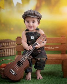 Cute Baby Boy Photos, 6 Month Baby Picture Ideas, Cute Kids Pics, Baby Boy Pictures, Toddler Photos, Kids Photography Boys, Photography Ideas, Infant Photography, Color Photography