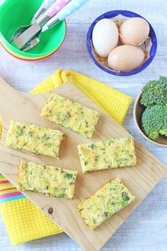 These frittata fingers make the best finger food for baby led weaning and toddlers | Kids Food Blog UK