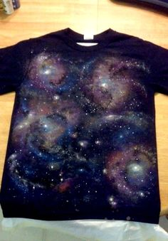 DIY galaxy t-shirt. Link to tutorial here: http://www.autostraddle.com/how-to-own-it-the-queer-grrls-guide-to-the-galaxy-149697/