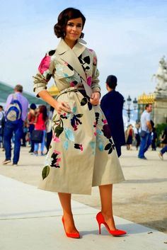 street style Paris Paint an old trench