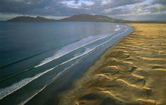 Pacific Coast, Isla Magdalena, Baja California Sur, Mexico (photo by George Steinmetz)